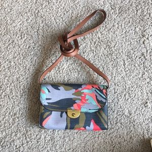 Printed fossil cross body